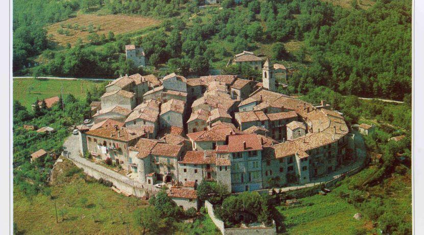 34 Tosco Borgo